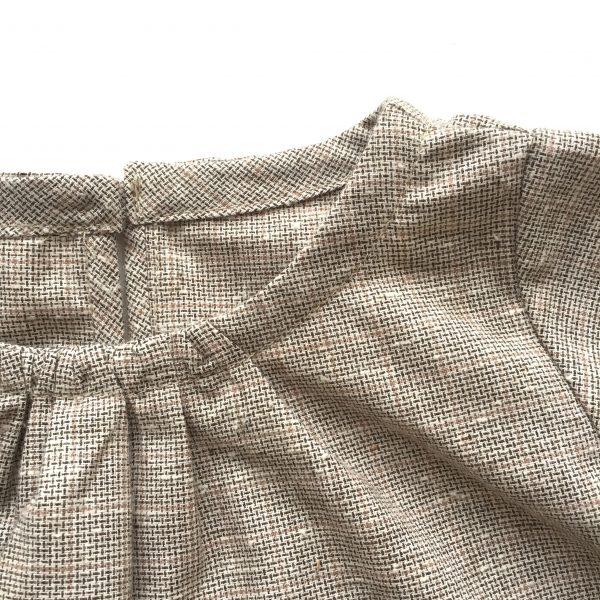 Blouse Cape detail