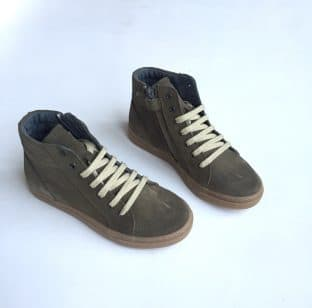 Sneakers truffle side1